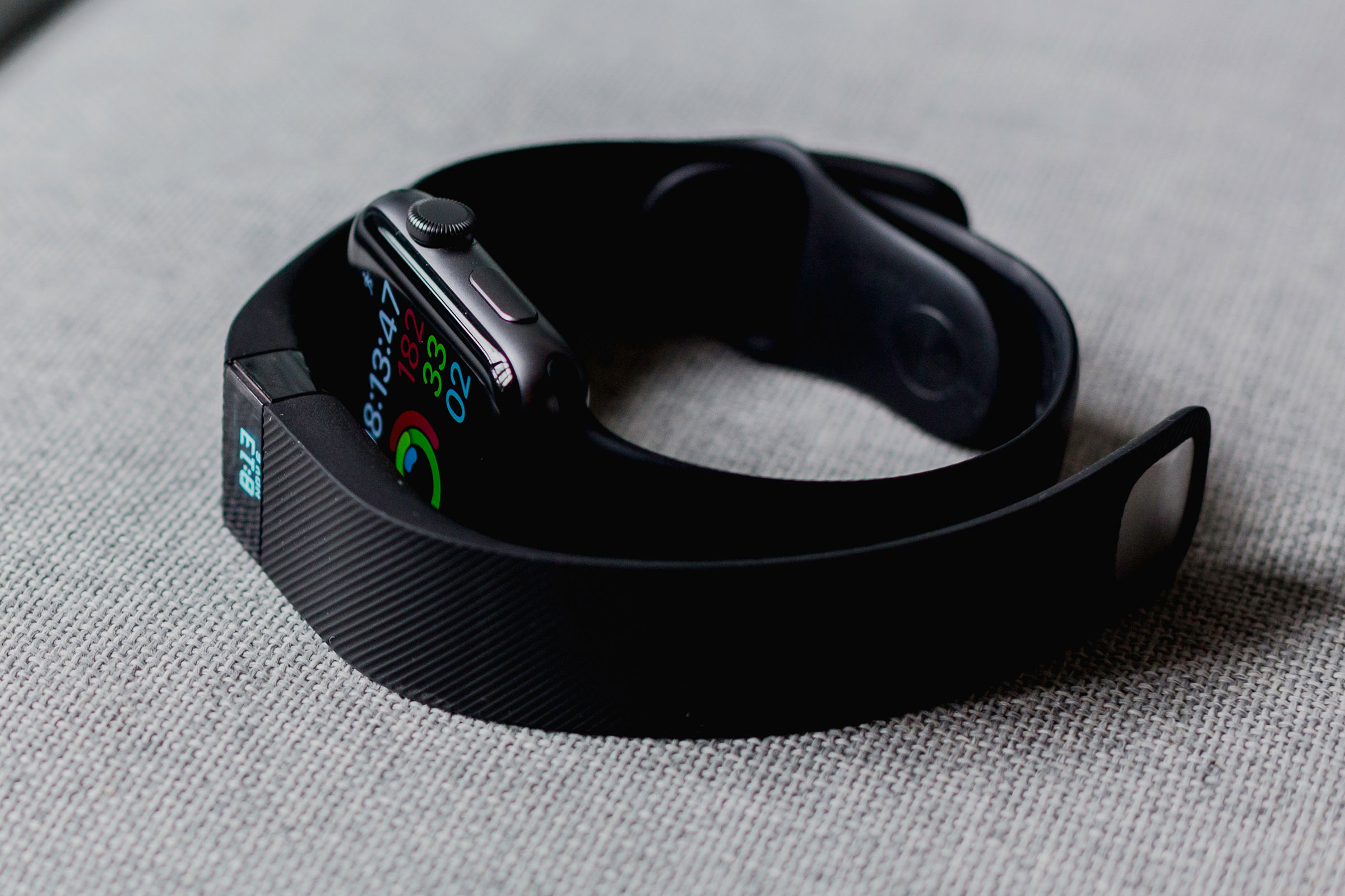 FitBit & Apple Watch